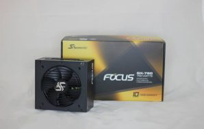 Seasonic Focus GX-750W, review y unboxing