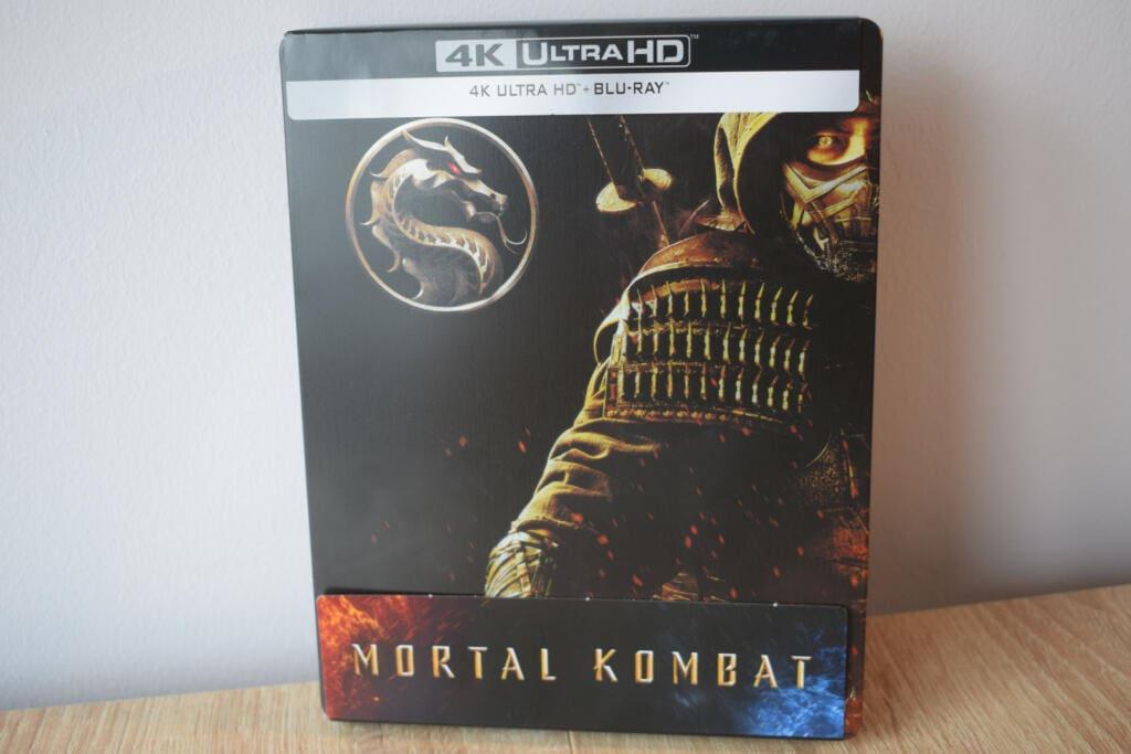 carátula de la edición steelbook de mortal kombat