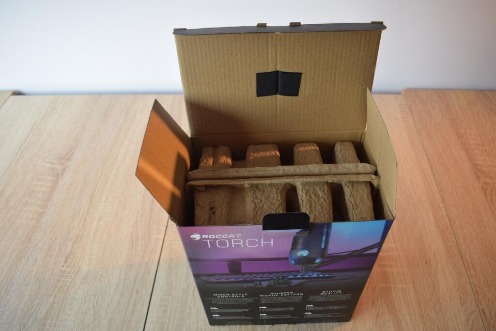 caja abierta roccat torch